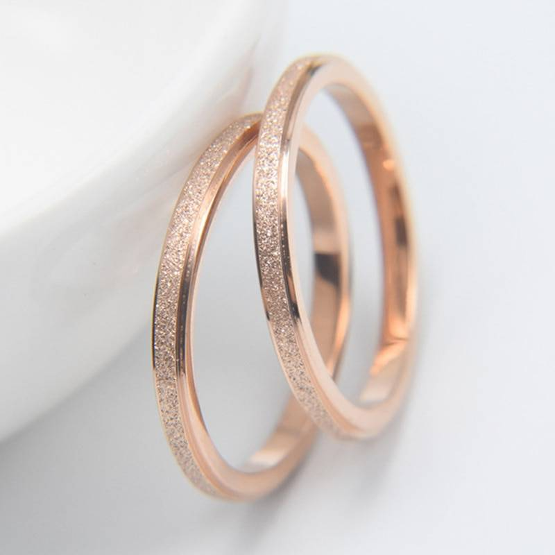 Unisex Stainless Steel Dust-Effect Fashion Ring – ASHLEY